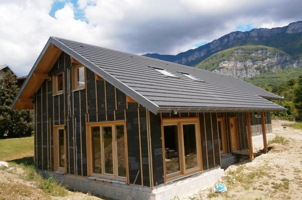 maison bbc 1210 ais les bains drumettaz clarafond 73 savoie maison ossature bois. Black Bedroom Furniture Sets. Home Design Ideas